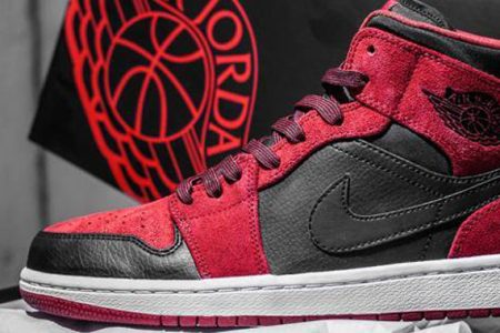 air-jordan-1-mid-red-suede-0