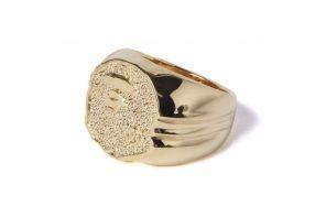 潮人必備配件!A BATHING APE 「猿人頭」金戒指、金項鍊要買吧?