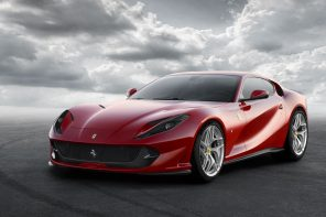 800匹旗艦瘋馬!《Ferrari 812 Superfast》要價台幣 $1,930 萬!
