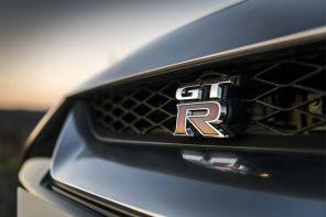 全新東瀛戰神 GT-R 將在此日現身!還記得余文樂在頭文字 D 中駕駛它時有多帥嗎!