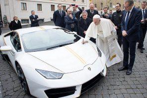 Lamborghini 為教宗打造專屬超跑!教宗收到後卻說:「我拒絕把它放進我的車隊裡!」