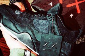 羅志祥也搶先收到 KAWS x AJ4 「黑魂版」!「再三天」將發售?