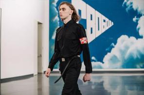 Gosha Rubchinskiy 穿在吳亦凡身上,除了帥卻感受不到本季的理念了?