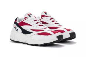 復古運動鞋就是要有點醜才行?FILA 也推出「老爹鞋」 Venom