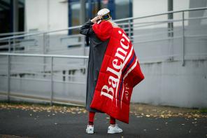 屹立不倒?連 Gucci 也落後,巴黎世家再次成為全球最「火」品牌